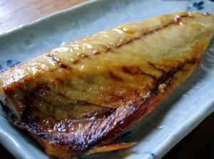 IH用ルールフライパンで焼いた魚